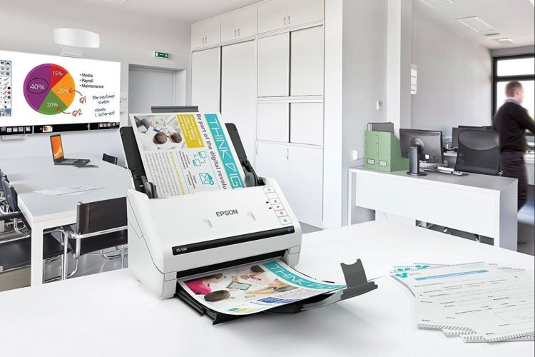 Epson DS-530 Scanner in office environment
